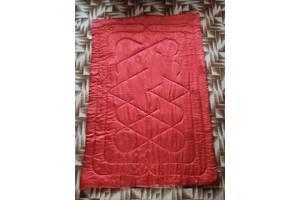 одеяло ватное цвет красный