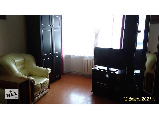 Срочно продается стенка мебельная, черная б/у- объявление о продаже  в Черновцах