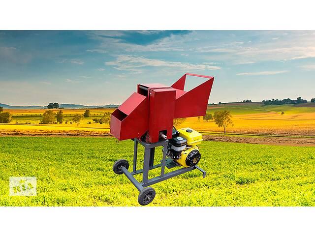 Веткоруб садовый измельчитель дров веток и обрези бензиновый двигатель РБ 100
