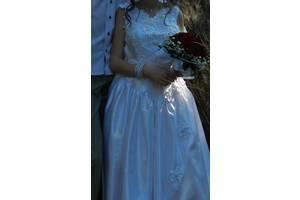 свадебное платье(для переделки)+подъюбник и накидка в подарок