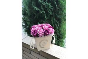 Композиція з 11 троянд