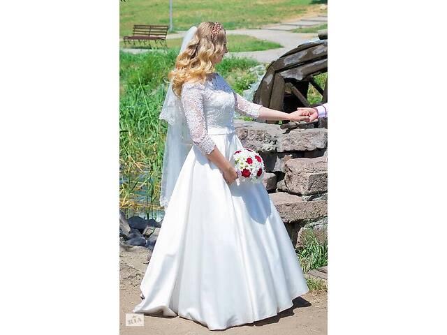 продам Продам королевское свадебное платье бу в Запорожье