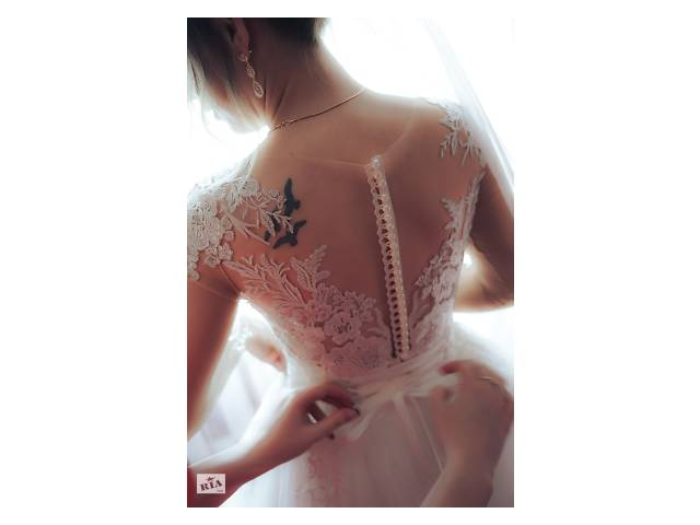 бу Продам нежное свадебное платье в Киеве