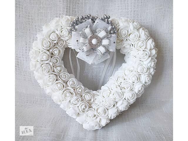 бу Свадебная подушечка блестящая для обручальных колец сердце из роз белая LA BEAUTY Studio Эксклюзив в Киеве