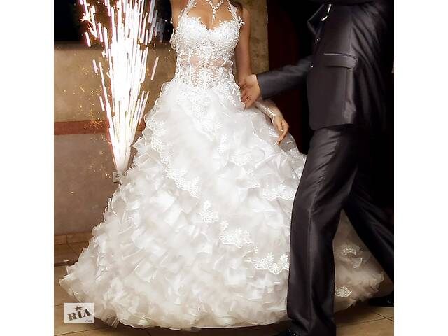 бу Свадебное платье, весільна сукня +ПОДАРОК в Мукачево