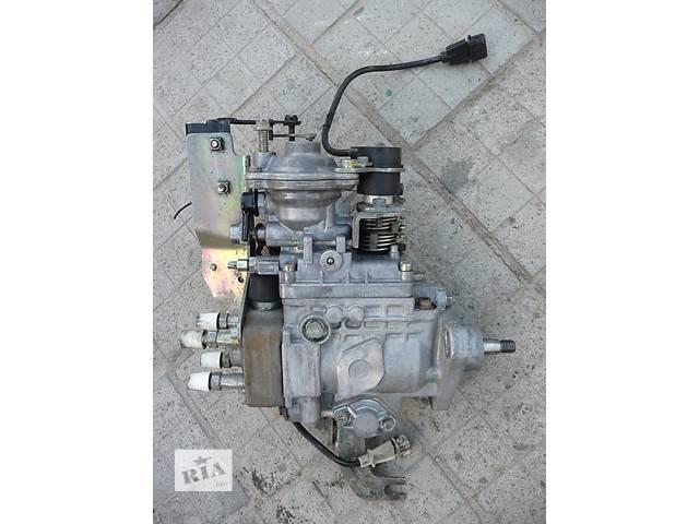 купить бу Б/у 2.5TD Бошевский топливный насос высокого давления/трубки/шест для легкового авто Chrysler Voyager в Харькове