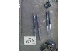 б/у Амортизаторы задние/передние Toyota Rav 4