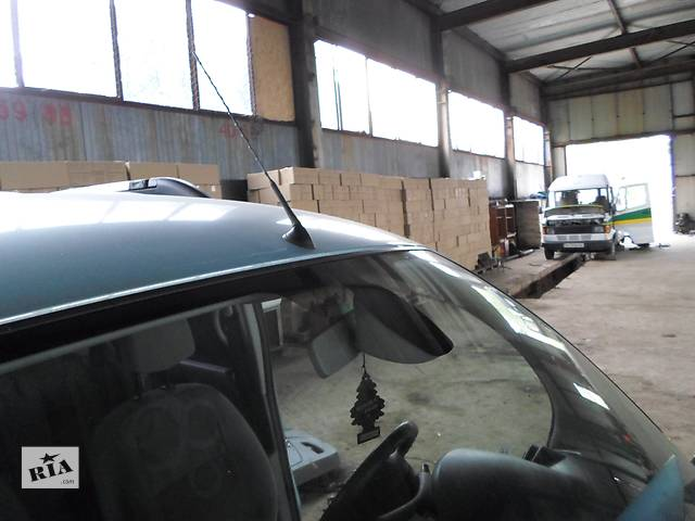 купить бу Б/у Антенна/усилитель Renault Рено Кенго, Меган2, Сценик 1,5 DCI в Луцке
