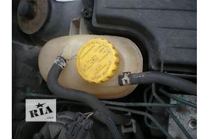 б/у Бачки расширительные Opel Combo груз.