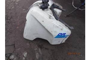 б/у Лючки бензобака Suzuki DR