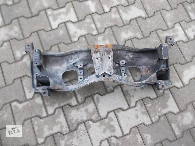 продам Б/у балка передней подвески  Subaru Forester бу в Киеве