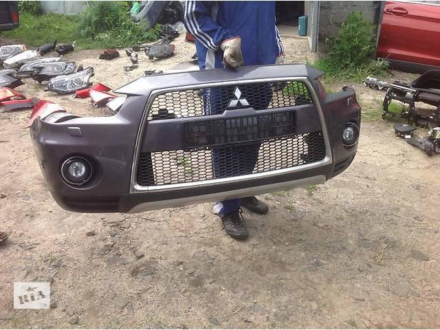 продам Б/у бампер передний для легкового авто Mitsubishi Outlander XL бу в Ровно