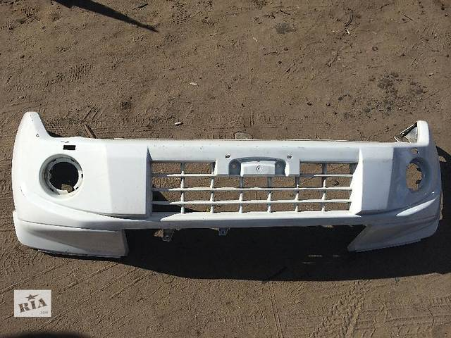 продам Б/у бампер передний для легкового авто Mitsubishi Pajero Wagon бу в Киеве