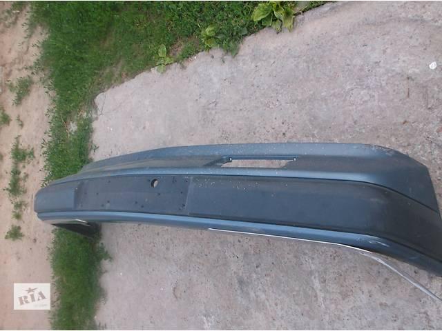 купить бу Б/у бампер передний для седана Mercedes 124 в Киеве