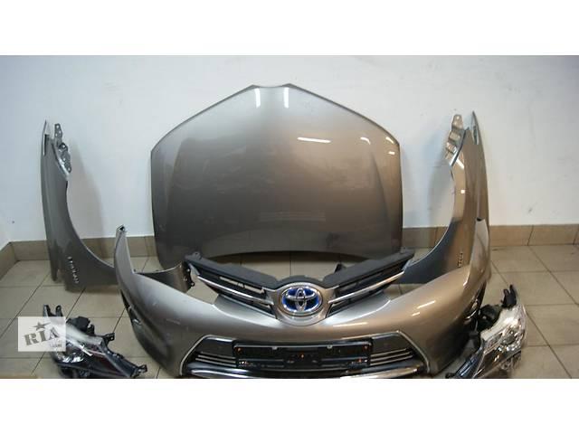 продам Б/у Бампер передний Toyota Auris 2013-2014 бу в Киеве