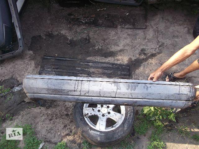 бу Б/у бампер задний для седана Mercedes 124 1991 в Днепре (Днепропетровск)