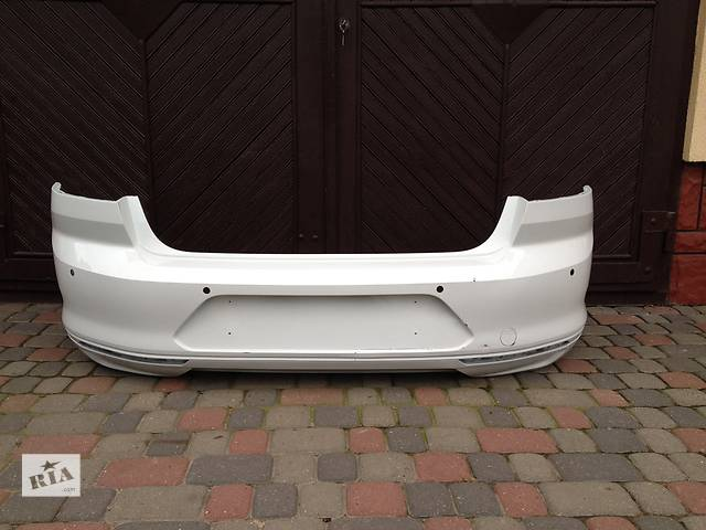 бу Б/у бампер задний для седана Volkswagen Passat B8 в Львове