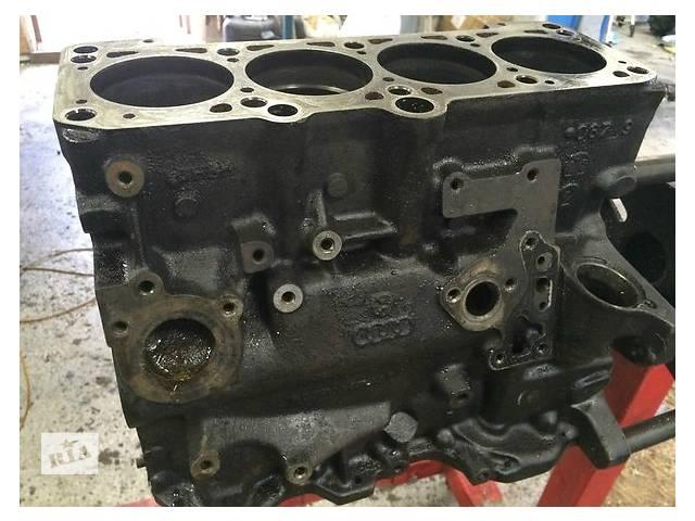 бу Б/у блок двигуна для легкового авто Nissan Maxima 2.5 в Ужгороде