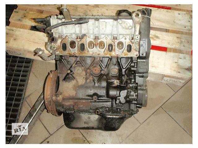бу Б/у блок двигуна для легкового авто Renault 19 1.7 в Ужгороде