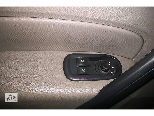 купить бу Б/у Блок управления электро зеркалами Кнопки Стеклоподьемник Renault Kangoo Кенго 1,5 DCI К9К 2008-2012 в Рожище