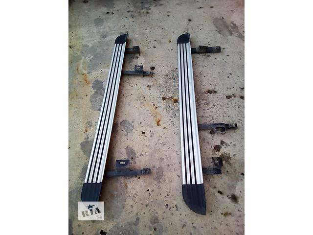 продам Б/у боковые пороги, подножки для легкового авто Mitsubishi Outlander XL бу в Луцке