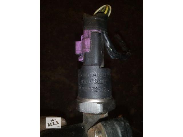 Б/у датчик давления топлива в рейке для легкового авто Ford Connect 1.8tdci (9307z502b)- объявление о продаже  в Ковеле
