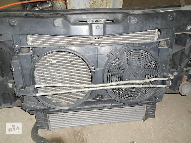 Б/у Детали кузова Панель передняя Окуляр Телевизор Volkswagen Crafter Фольксваген Крафтер 2.5 TDI 2- объявление о продаже  в Луцке