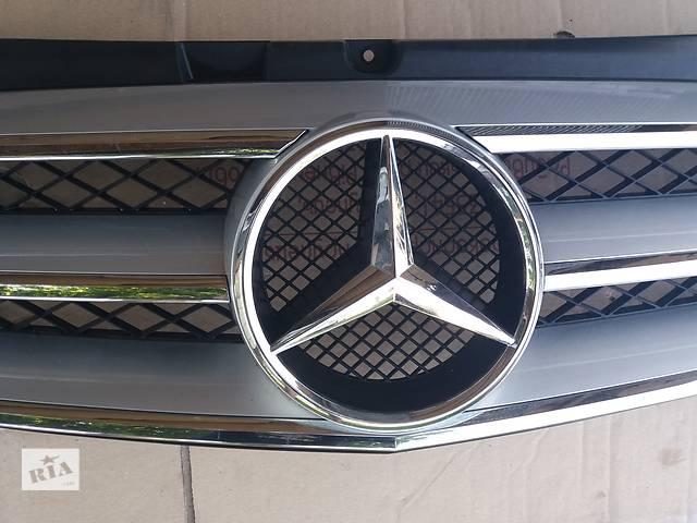 Решітка радіатора Mercedes Viano 2010-2014- объявление о продаже  в Ковелі