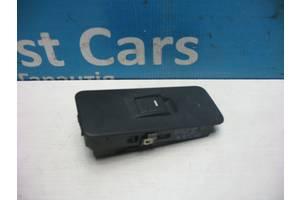 Б/У Кнопка стеклоподъемника двери Discovery 2004 - 2009 YUD501070PVJ. Лучшая цена!