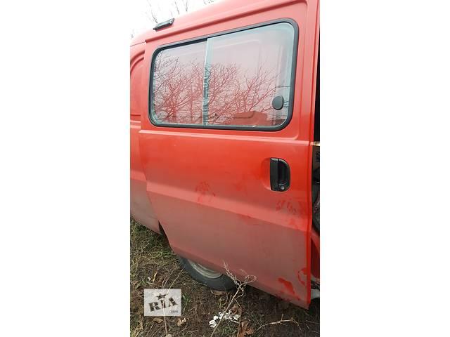 продам Б/у дверь боковая сдвижная для легкового авто Hyundai H 200 бу в Одессе