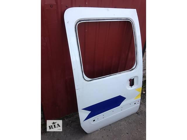 купить бу Б/у дверь боковая сдвижная для легкового авто Renault Kangoo в Луцке