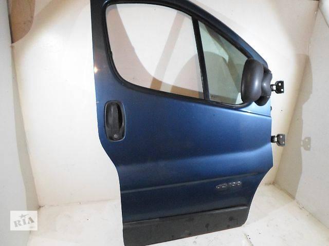 купить бу Б/у дверь передняя для грузовика Renault Trafic 2005 в Тернополе