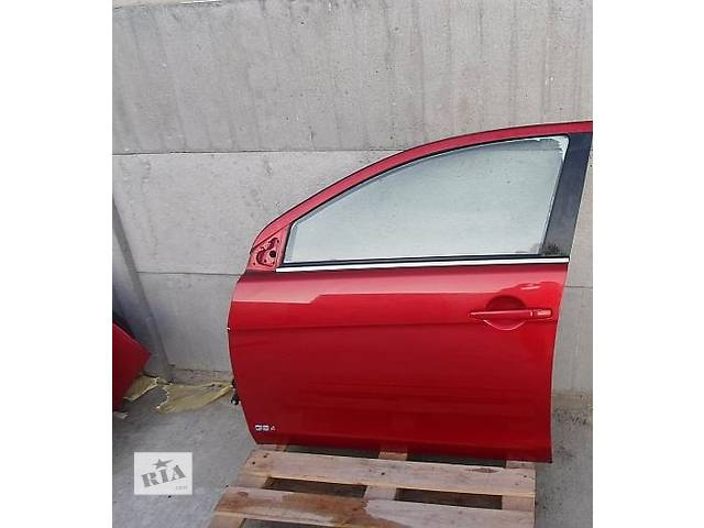 продам Б/у дверь передняя для легкового авто Mitsubishi Lancer X бу в Ровно