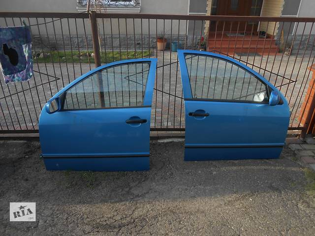 купить бу Б/у дверь передняя для легкового авто Skoda Fabia 1 в Ковеле