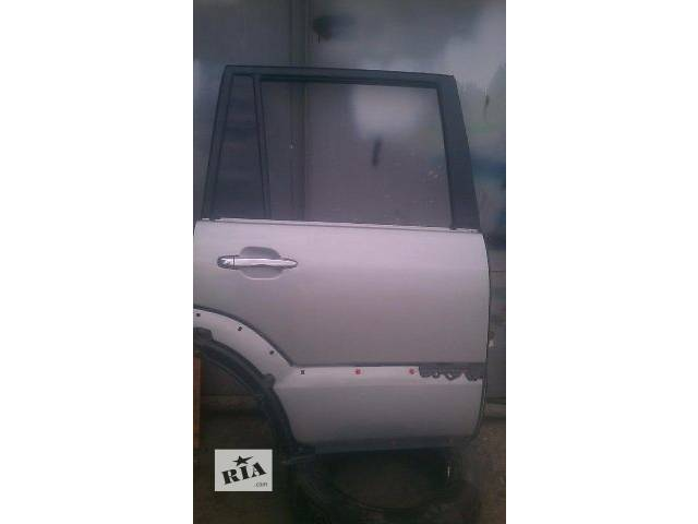 продам Б/у дверь задняя правая 67003-60370 для кроссовера Lexus GX 470 2002-2009 г бу в Николаеве