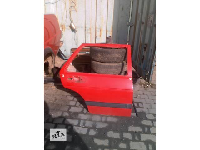 купить бу Б/у дверь задняя для седана Volkswagen Jetta в Ивано-Франковске