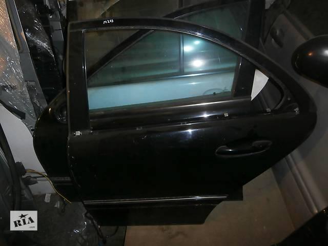 продам Б/у двері задні для седана Mercedes E 203 бу в Львове