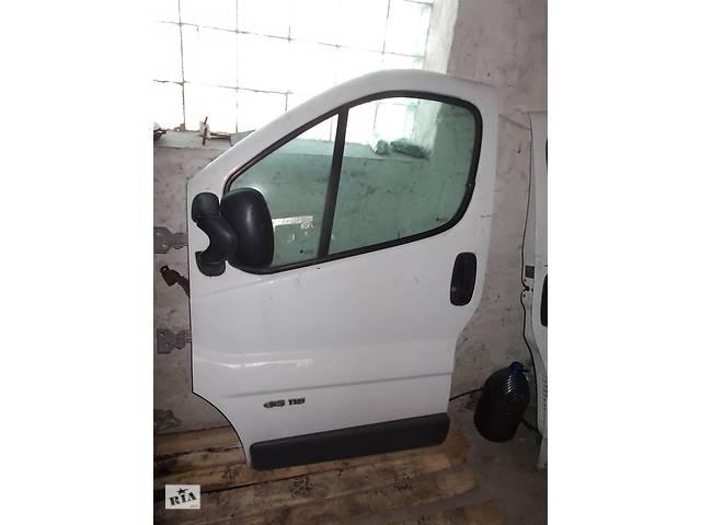 продам Б/у Дверь передняя Renault Trafic бу в Стрые
