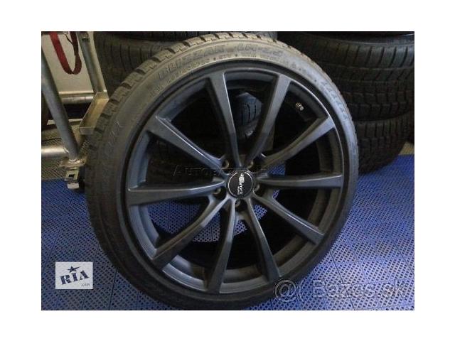 продам зимовий комплект  для легкового авто Nissan GT-R 255/40/285/40/20.bridgestone. бу в Ужгороде