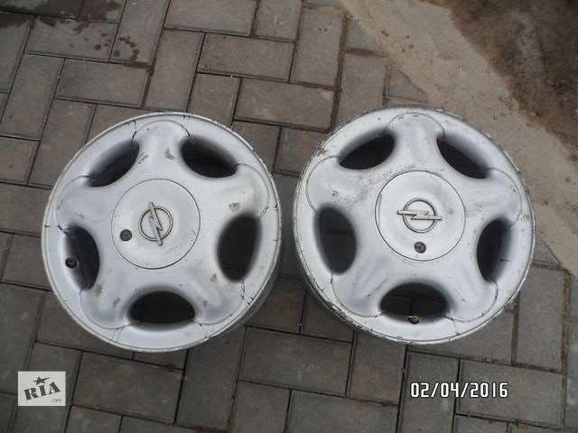 купить бу Б/у диск для легкового авто Opel в Умани