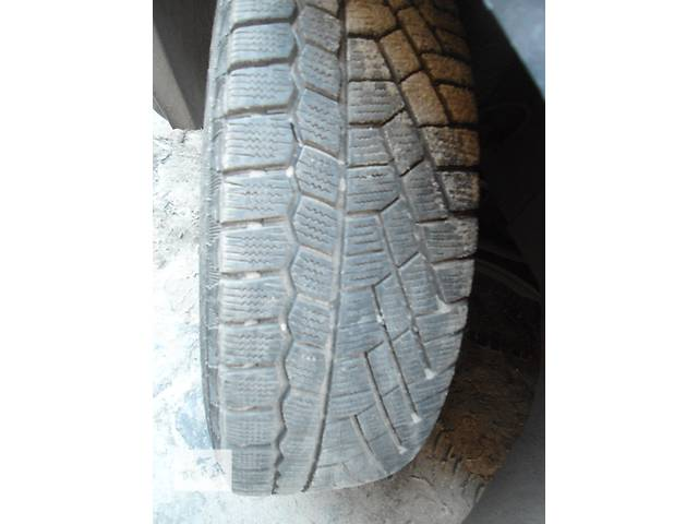 Б/у диск с шиной для легкового авто зимові   контіненталь 175.65.Р14- объявление о продаже  в Львове