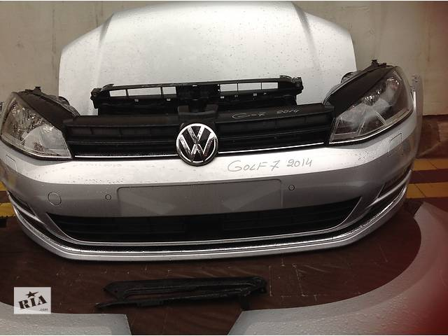 бу Б/у фара для хэтчбека Volkswagen Golf VII в Львове