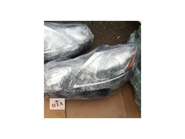 продам Б/у фара для легкового авто Lexus GS бу в Ровно