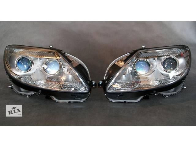 продам Б/у фара для легкового авто Mercedes CL-Class w216 06-13 бу в Львове