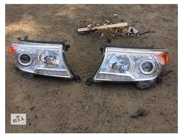 продам Б/у фара для легкового авто Toyota Land Cruiser 200 бу в Ровно