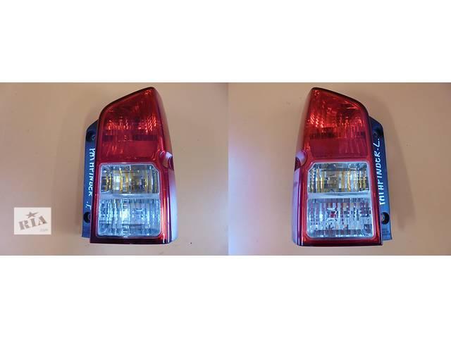 продам Б/у фонарь задний для легкового авто Nissan Pathfinder r51 05-12 бу в Львове