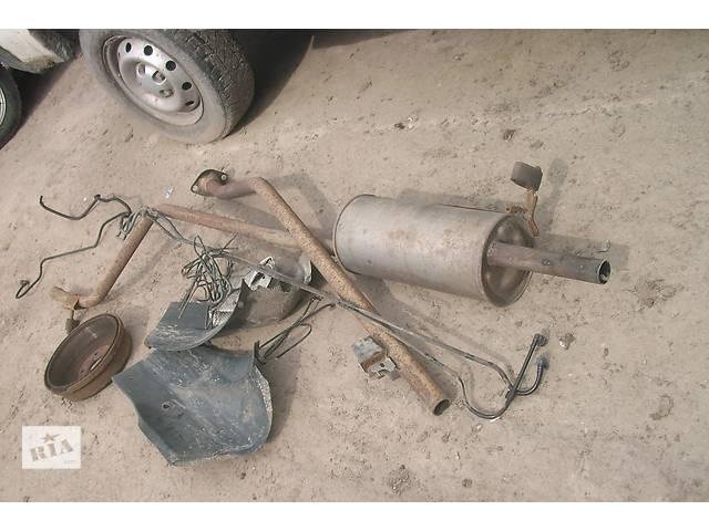 продам Б/у глушитель для седана Dacia Logan бу в Львове
