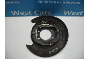 Б/У Гальмівний механізм задній правий Impreza 2007 - 2011 26704FG000. Вперед за покупками!