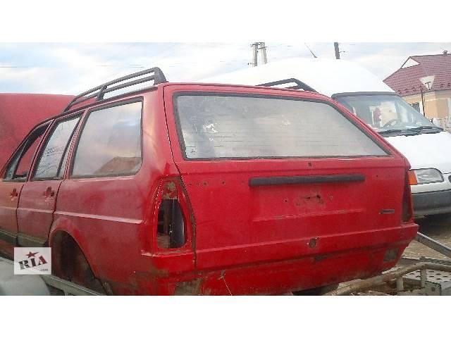 купить бу Б/у капот для универсала Volkswagen Passat B2 1987 в Городке (Хмельницкой обл.)