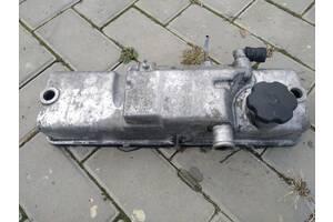 Б/у клапанная крышка 1.6 8 клапанный мотор для ВАЗ 2110/ВАЗ 2115/ВАЗ 1118